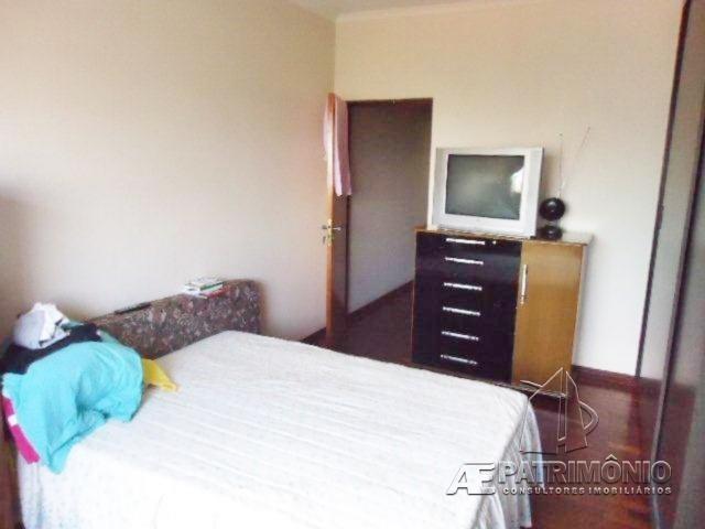 Casa de 2 dormitórios à venda em Emília, Sorocaba - Sp