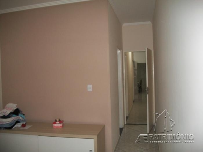 Casa de 2 dormitórios à venda em Eros, Sorocaba - Sp