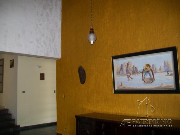 Casa de 3 dormitórios à venda em Centro, Cerquilho - Sp