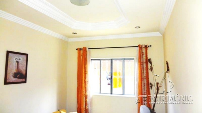Casa de 2 dormitórios à venda em Flamboyant, Sorocaba - Sp