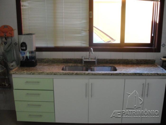 Casa de 3 dormitórios à venda em Cruzeiro, Mairinque - Sp