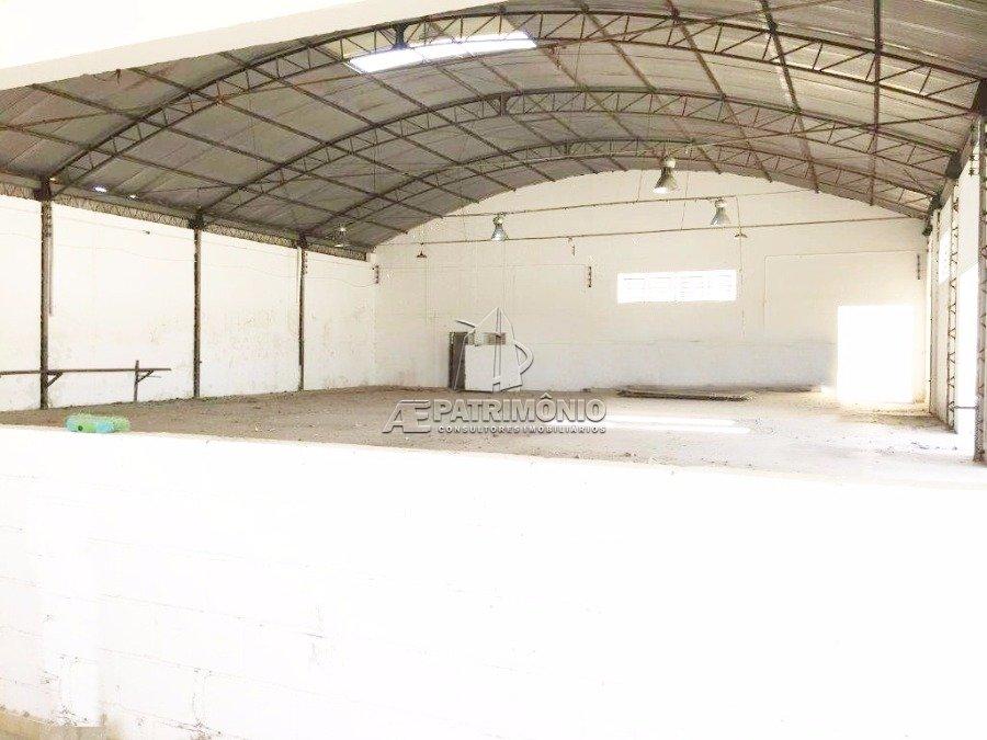 Pavilhão à venda em Caputera, Sorocaba - Sp