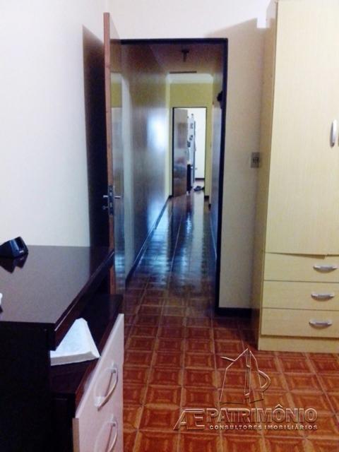 Casa de 4 dormitórios à venda em Helena, Sorocaba - SP