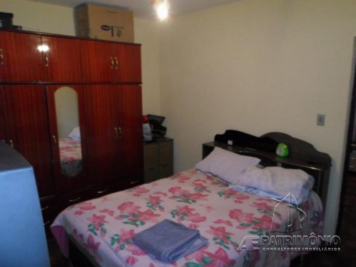Casa de 2 dormitórios à venda em Vossoroca, Votorantim - Sp