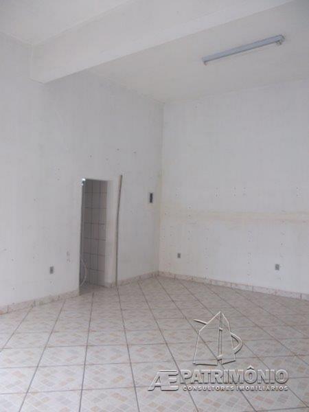 Loja à venda em Wanel Ville V, Sorocaba - SP