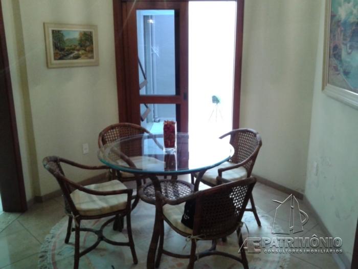 Casa de 5 dormitórios à venda em Vossoroca, Votorantim - SP