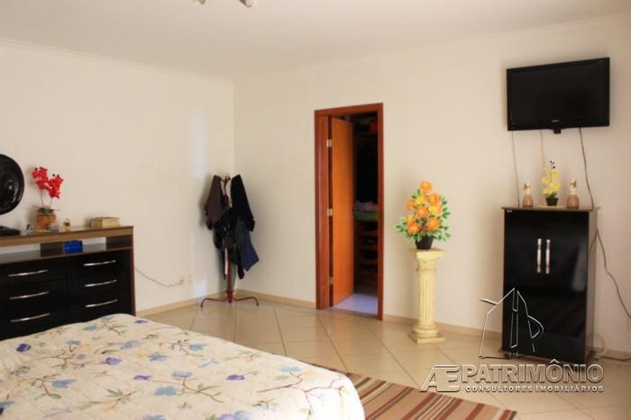 Casa de 3 dormitórios à venda em Vossoroca, Votorantim - Sp
