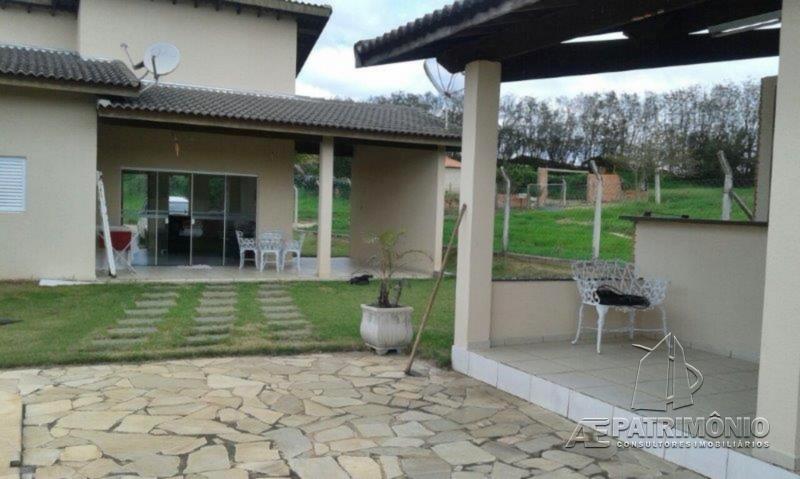 Chácara de 3 dormitórios à venda em Pinheiros Do Lago, Alambari - SP
