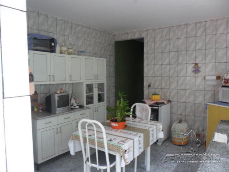 Casa de 2 dormitórios à venda em São Lourenzo, Sorocaba - SP