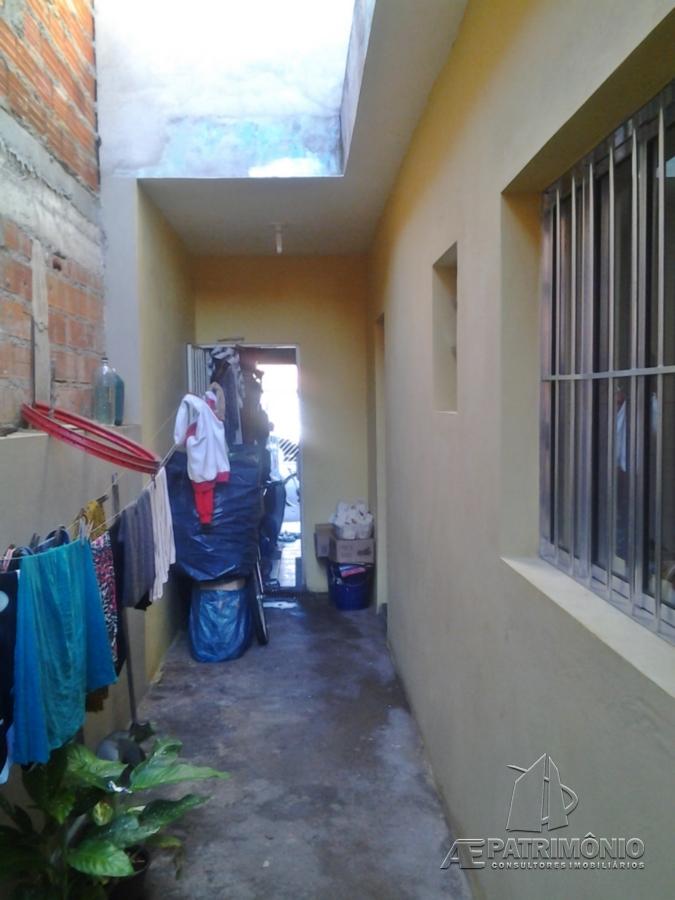 Casa de 2 dormitórios à venda em Turmalina, Sorocaba - SP