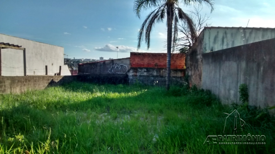 Terreno à venda em Jardini, Sorocaba - SP