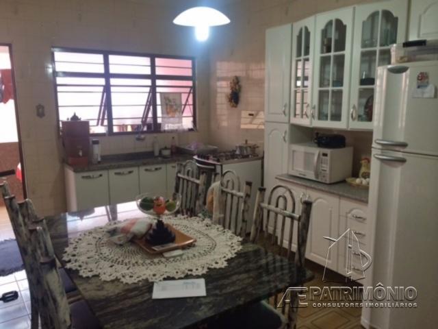 Casa de 2 dormitórios à venda em Santos Dumont, Votorantim - SP