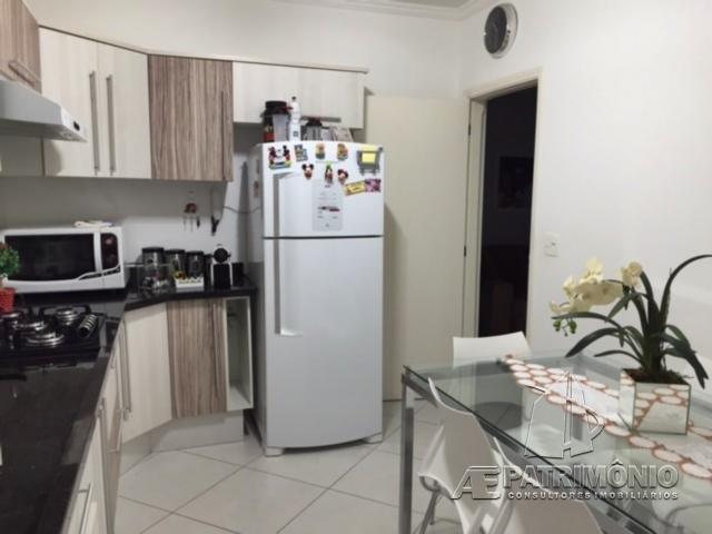 Apartamentos de 2 dormitórios à venda em Karolyne, Votorantim - SP