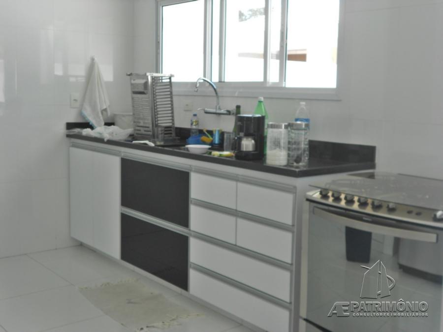 Casa Em Condominio de 3 dormitórios à venda em Centro, Araçoiaba Da Serra - SP