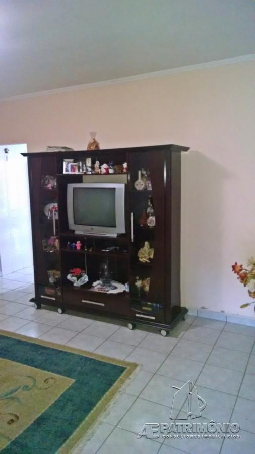 Casa de 2 dormitórios à venda em Piratininga, Sorocaba - SP