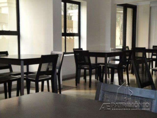 Apartamentos de 4 dormitórios à venda em Alphaville Industrial, Barueri - SP