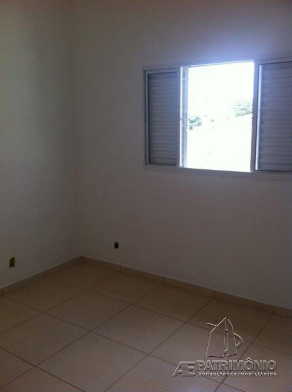 Casa de 2 dormitórios à venda em Golden Park, Sorocaba - SP
