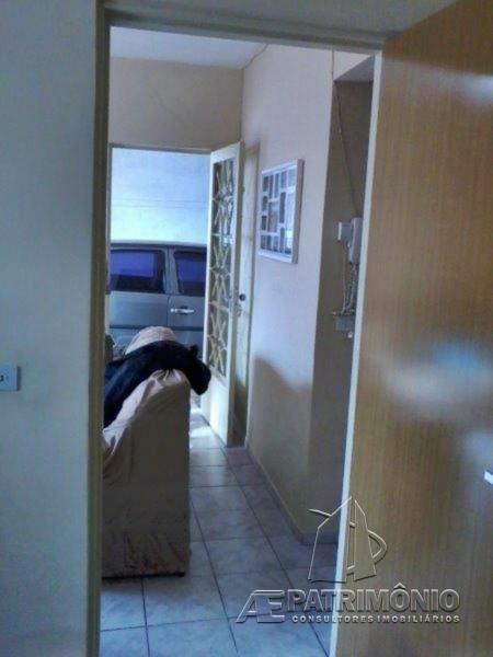 Casa de 2 dormitórios à venda em Lopes De Oliveira, Sorocaba - Sp