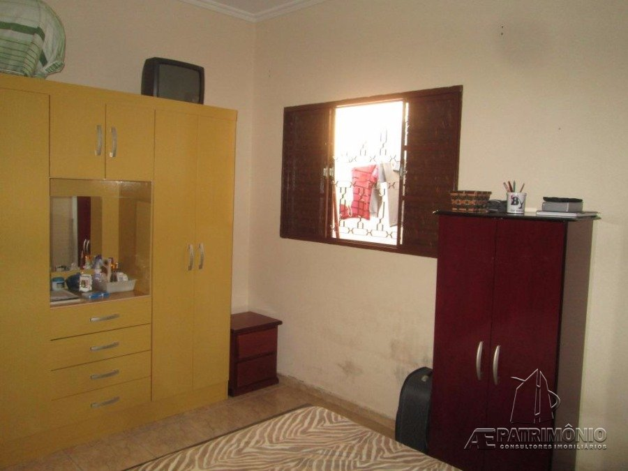 Casa de 2 dormitórios à venda em Santo Amaro, Sorocaba - Sp
