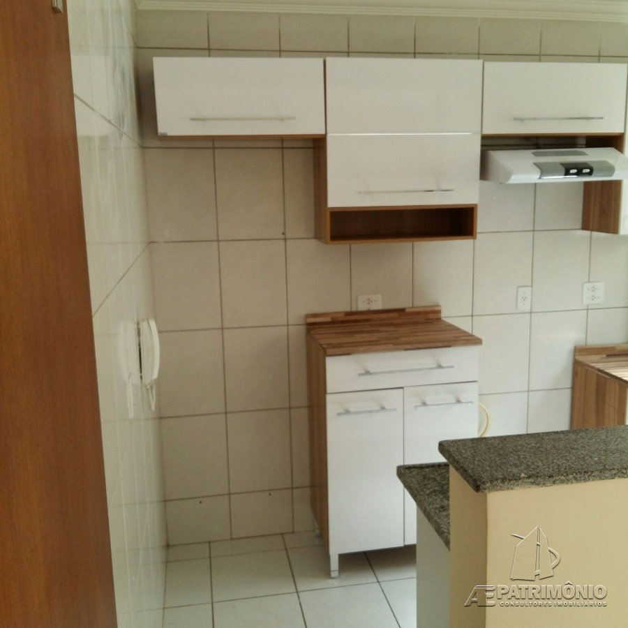 Apartamentos de 2 dormitórios à venda em Industrial, Campinas - SP