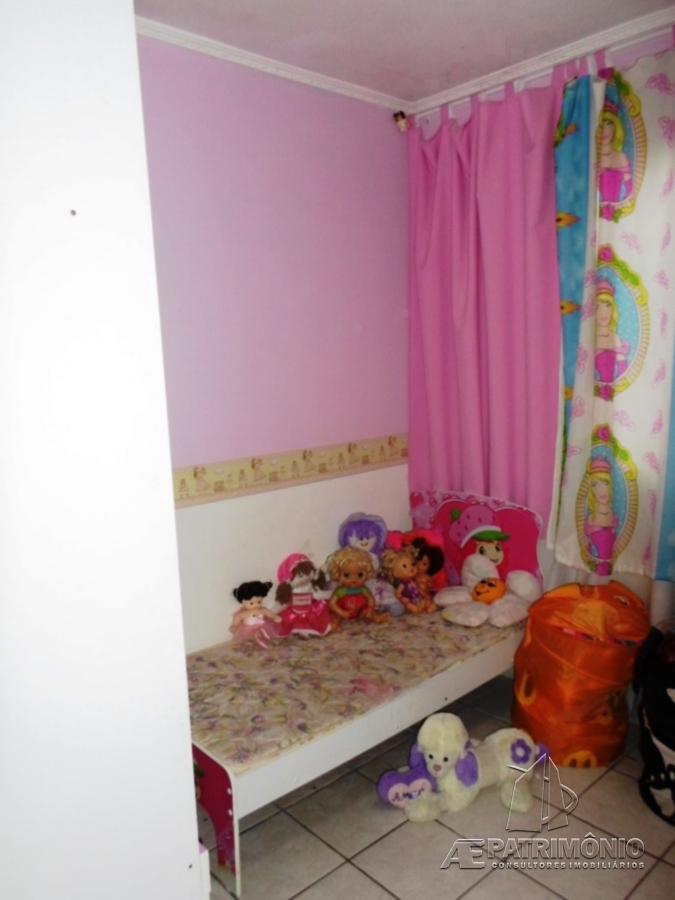Casa de 2 dormitórios à venda em Santa Bárbara, Sorocaba - Sp