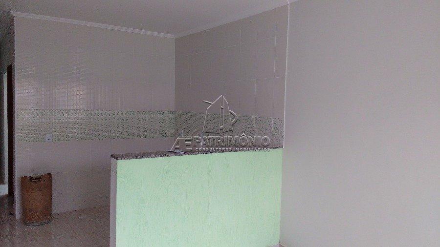 Casa de 2 dormitórios à venda em Eucalíptos, Sorocaba - Sp