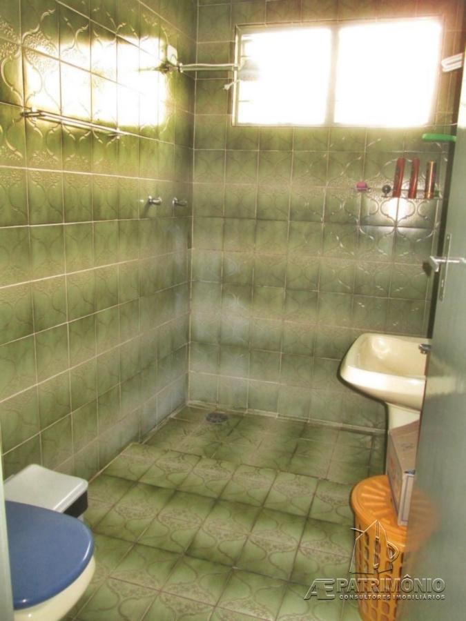 Casa de 2 dormitórios à venda em Santa Rita, Sorocaba - SP