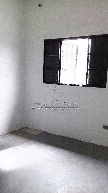 Chácara de 2 dormitórios à venda em Eucaliptos, Araçoiaba Da Serra - SP