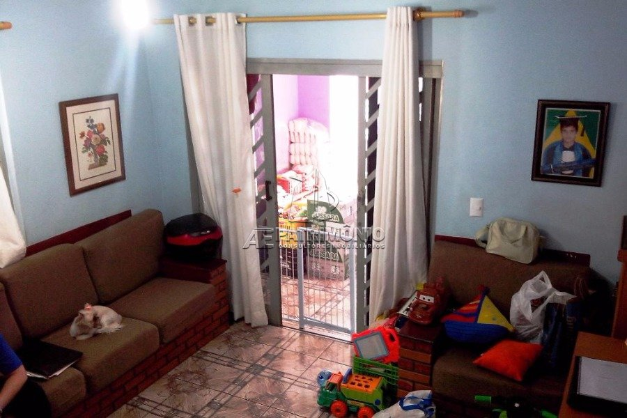 Casa de 3 dormitórios à venda em Garcia, Votorantim - SP