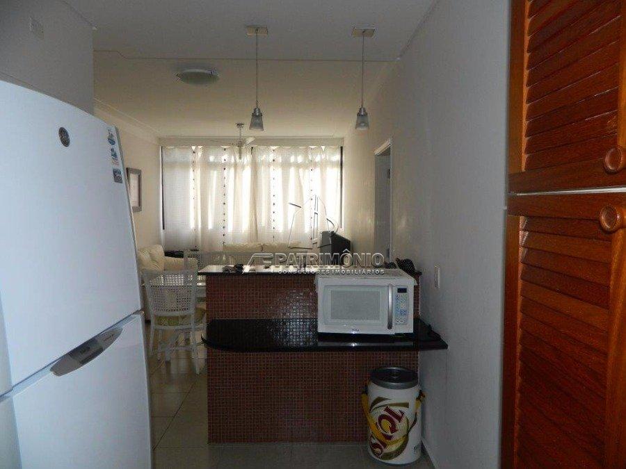 Apartamentos de 3 dormitórios à venda em Tres Marias, Guarujá - Sp