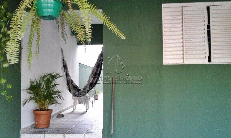 Casa de 2 dormitórios à venda em Guadalupe, Sorocaba - Sp