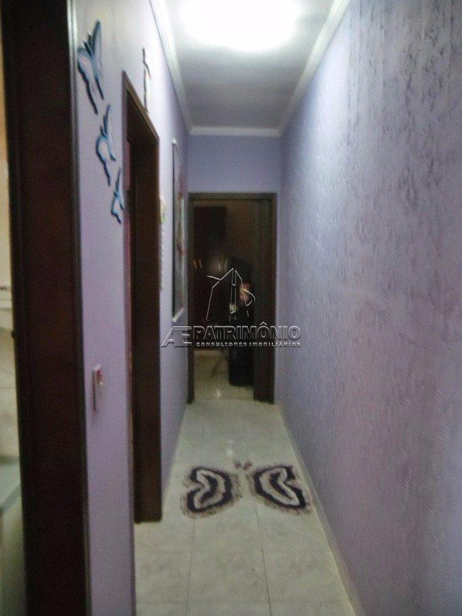 Casa de 2 dormitórios à venda em Santa Helena, Sorocaba - SP