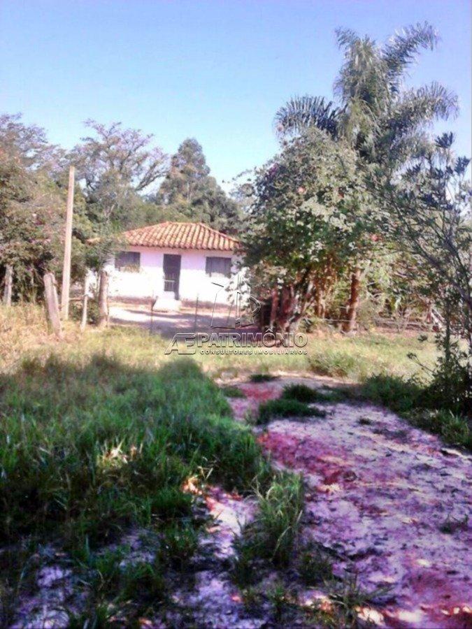 Sitio de 3 dormitórios à venda em Distrito Dos Cocaes, Sarapuí - SP