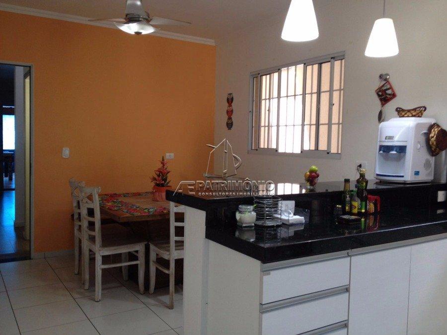 Casa de 3 dormitórios à venda em Bandeirantes, São Paulo - SP