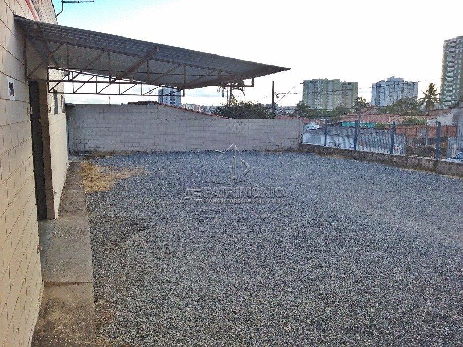 Pavilhão à venda em Goncalves, Sorocaba - SP