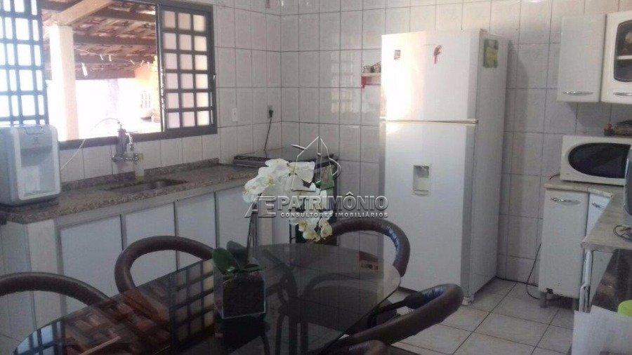 Casa de 3 dormitórios à venda em Assis, Sorocaba - SP
