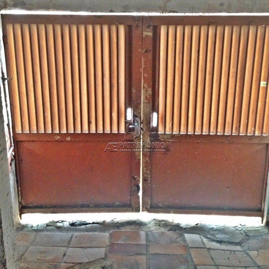 Casa de 2 dormitórios à venda em Laranjeiras, Sorocaba - SP