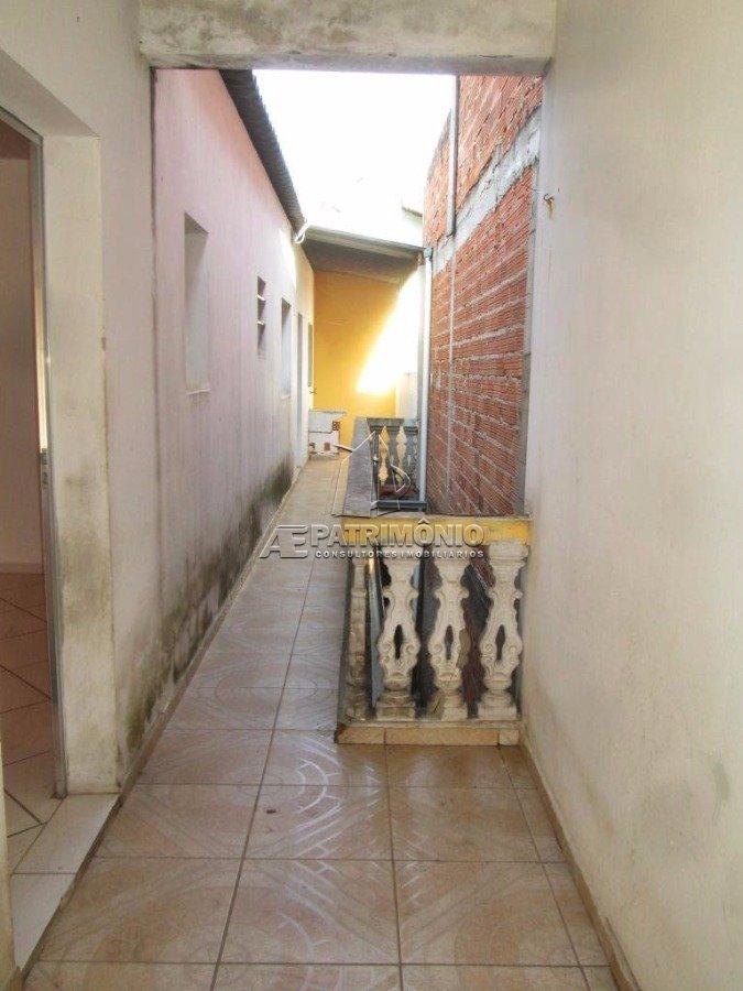 Casa de 2 dormitórios à venda em Pacaembu, Sorocaba - SP